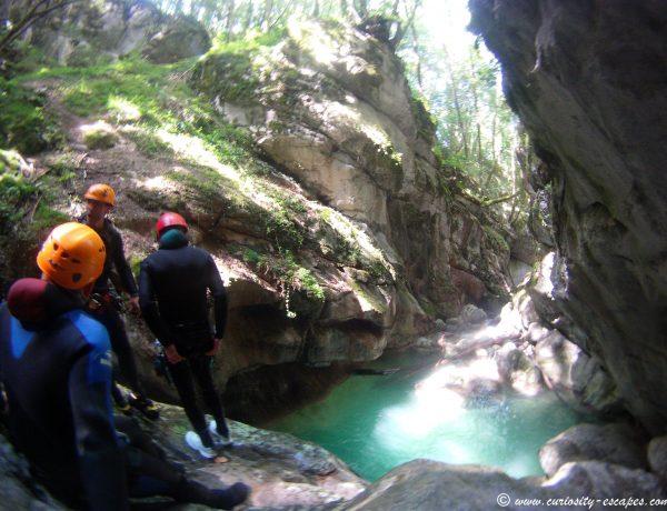 Galères de voyage #2: Fracture ouverte en canyoning