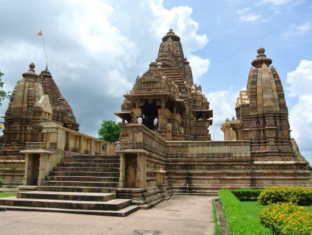Inde: Les fameux temples de Khajuraho