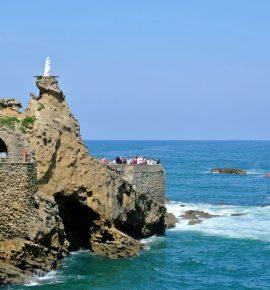 Biarritz, ses plages & sa côte escarpée