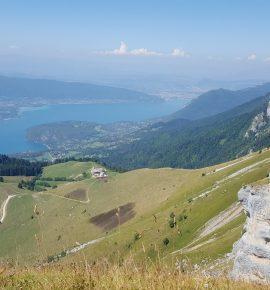 Randonnée de La Tournette: le sommet du lac d'Annecy