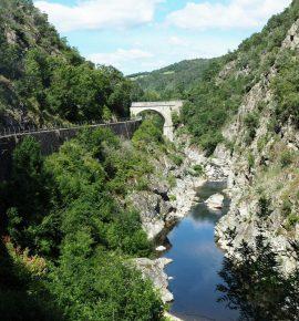 Ardèche : Journée sans voiture dans les Gorges du Doux [Vidéo]